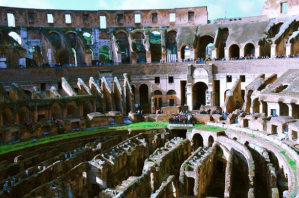 coliseum-rome-resilience-environment-buildings